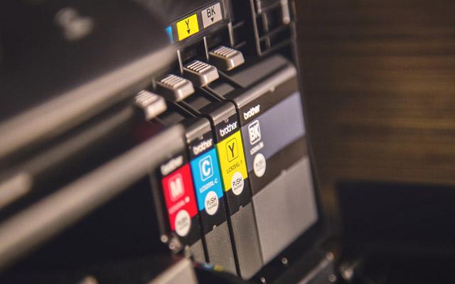 Barva za tiskalnik