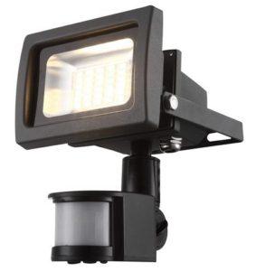 LED reflektor s senzorjem
